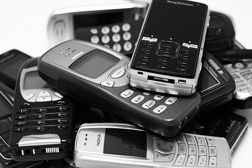 Bildnachweis: 2008.11.05 - My life story told by the cellphones I've owned | a.drian | CC BY 2.0